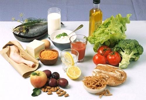 Giải đáp băn khoăn uống thuốc tây nhiều nên ăn gì cho mát?